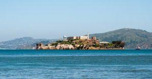 Alcatraz Island - it looks a stones throw away. Such a tease!
