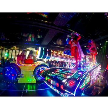 Robot Show, Shinjuku, Japan